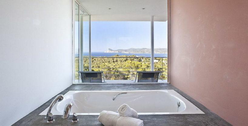 villa3056bedroomscalabassaibiza19.jpg
