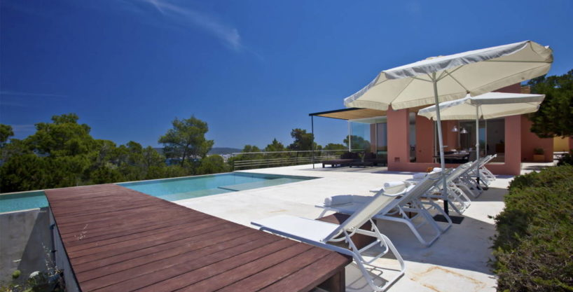 villa3056bedroomscalabassaibiza2.jpg