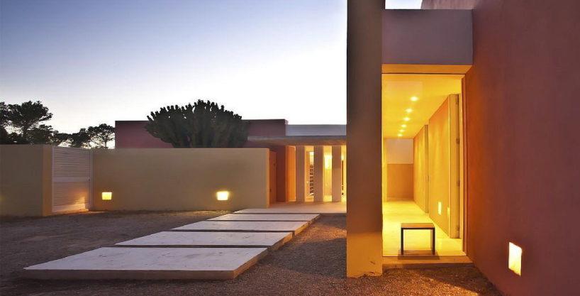 villa3056bedroomscalabassaibiza29.jpg