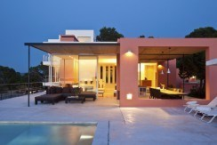 villa3056bedroomscalabassaibiza5