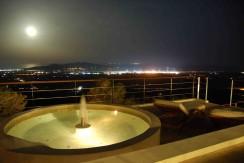 38.jacuzzi-night-moon-reduced.jpg