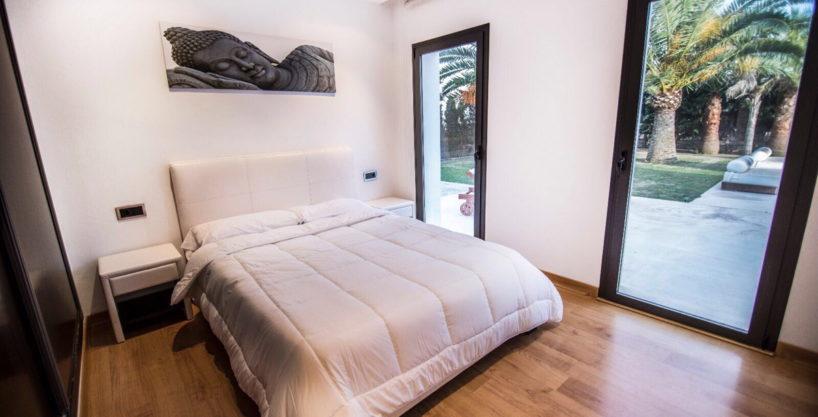 villa-2-4-bedrooms-san-jordi09.jpg