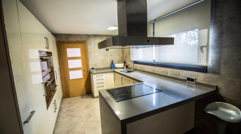 villa 2 - 4 bedrooms -san jordi11