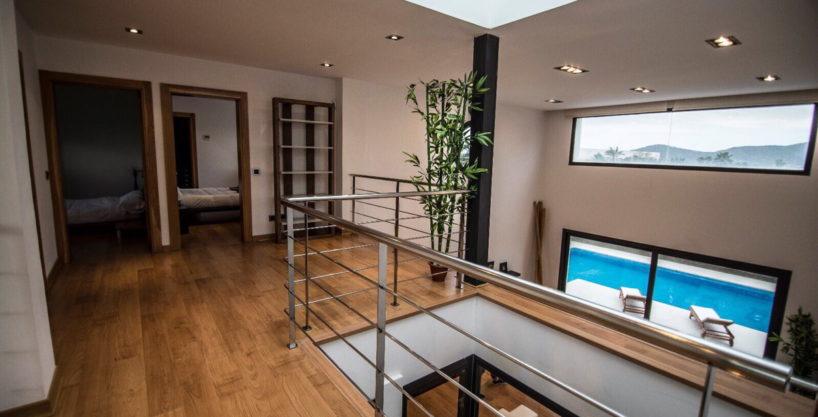 villa-2-4-bedrooms-san-jordi19.jpg