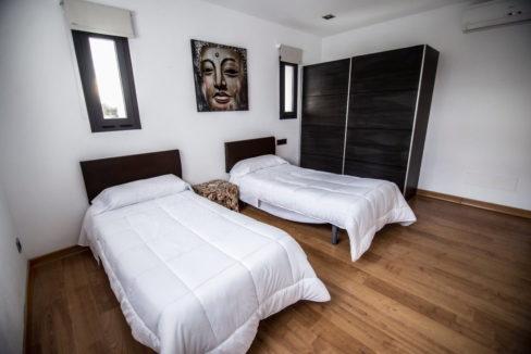 villa 2 - 4 bedrooms -san jordi23