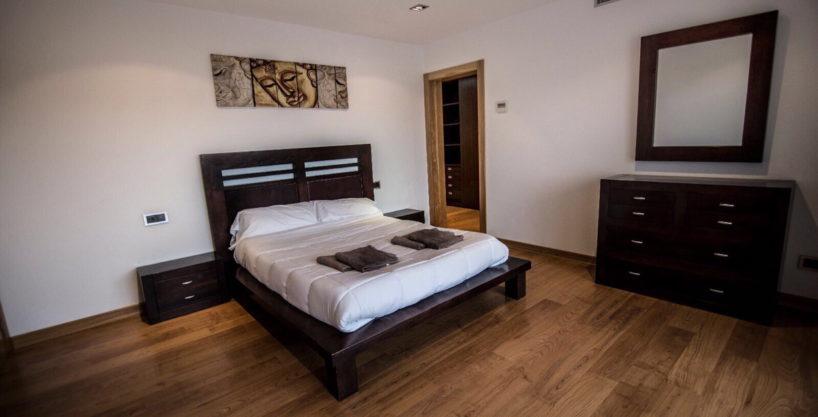 villa-2-4-bedrooms-san-jordi24.jpg