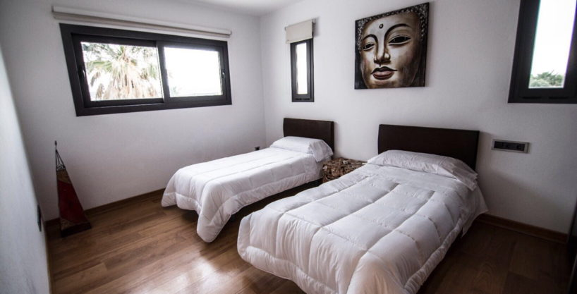 villa-2-4-bedrooms-san-jordi25.jpg