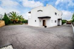 villa 2 - 4 bedrooms -san jordi34