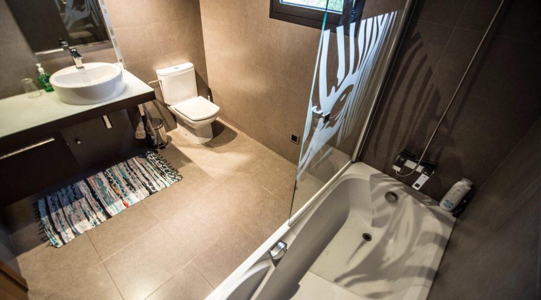 villa 2 - 4 bedrooms -san jordi35