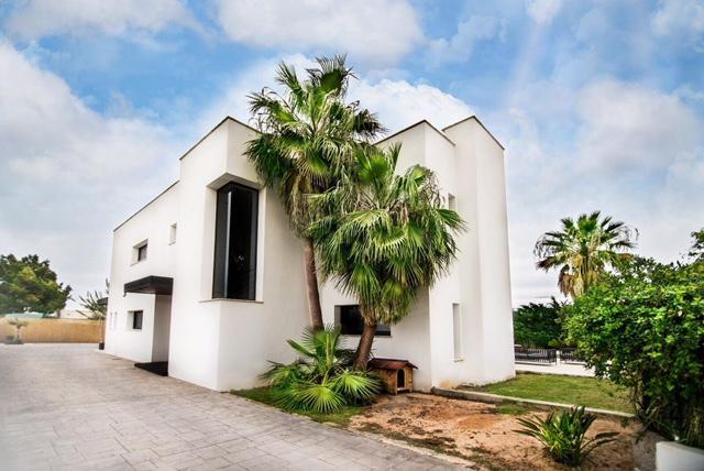 villa 2 - 4 bedrooms -san jordi39