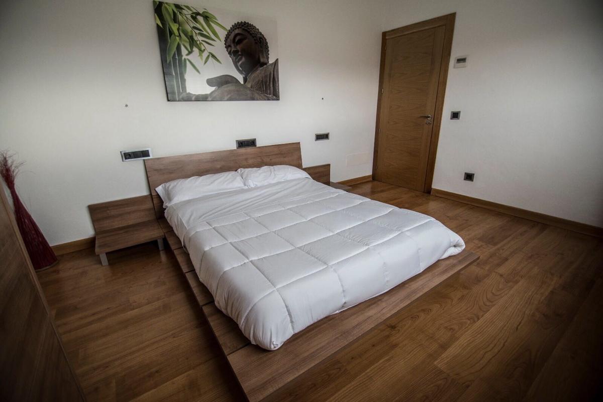 villa 2 - 4 bedrooms -san jordi40
