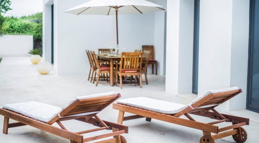 villa 2 - 4 bedrooms -san jordi43