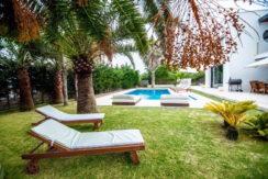 villa 2 - 4 bedrooms -san jordi47