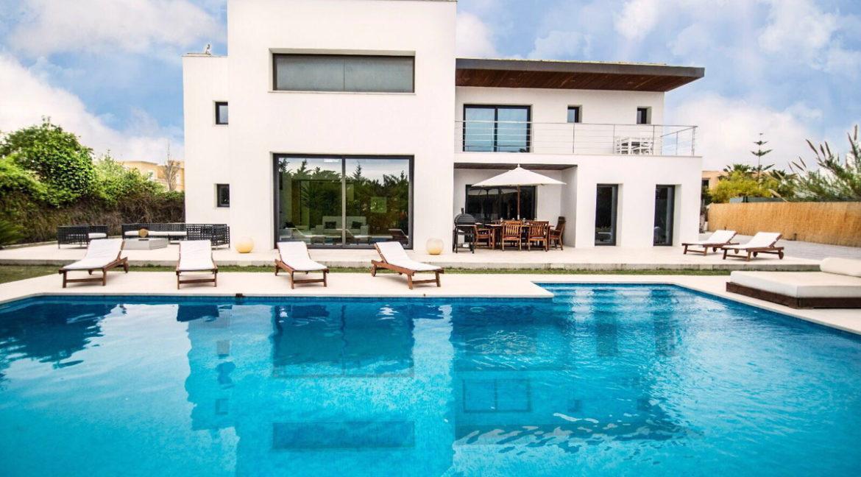 villa 2 - 4 bedrooms -san jordi50