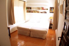 villa 207-16