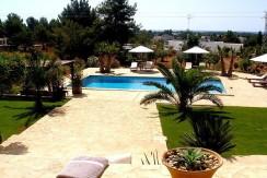 villa 207-33