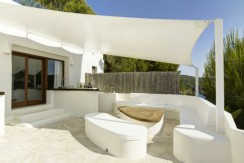 pool bar_630x472