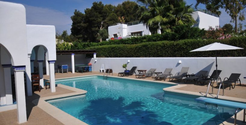 313-Villa-Rent-8-rooms-Cala-Pada-Ibiza-01.jpg