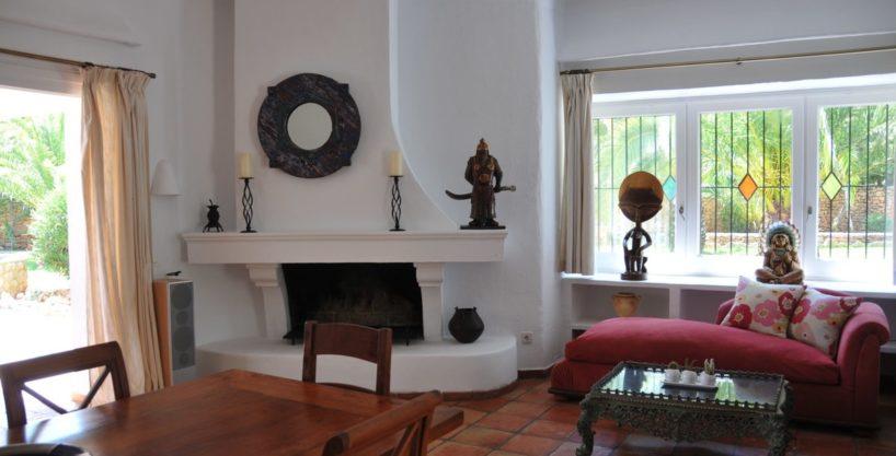 313-Villa-Rent-8-rooms-Cala-Pada-Ibiza-06.jpg