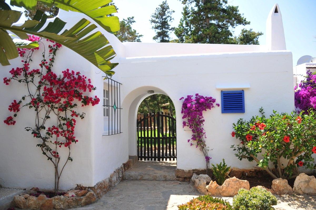 313-Villa Rent-8 rooms Cala Pada Ibiza-08