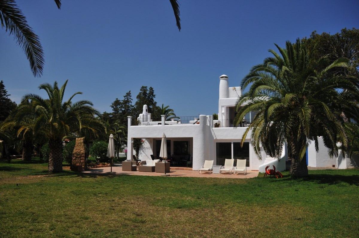 313-Villa Rent-8 rooms Cala Pada Ibiza-12