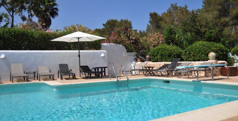 313-Villa-Rent-8-rooms-Cala-Pada-Ibiza-16.jpg