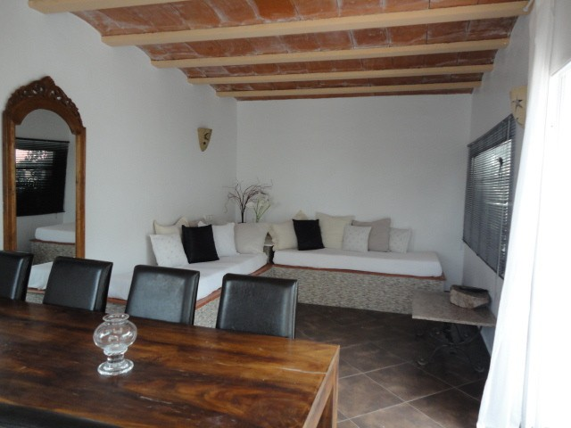villa 11-4 bedrooms-buscatell09