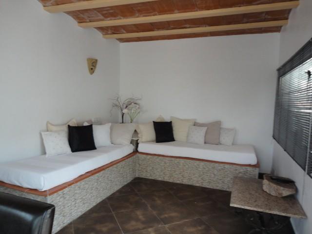 villa 11-4 bedrooms-buscatell12