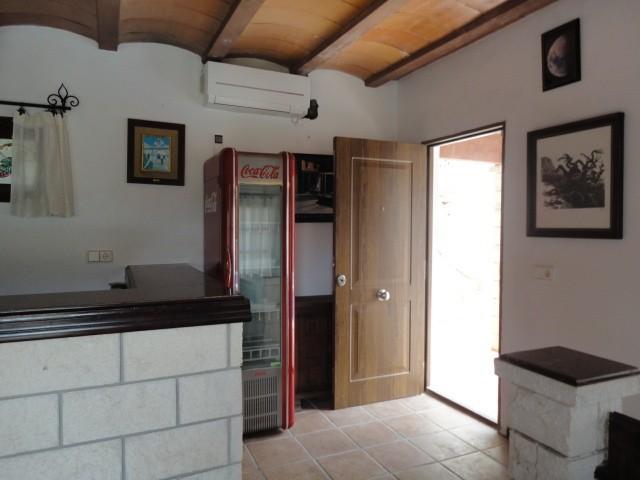 villa 11-4 bedrooms-buscatell18