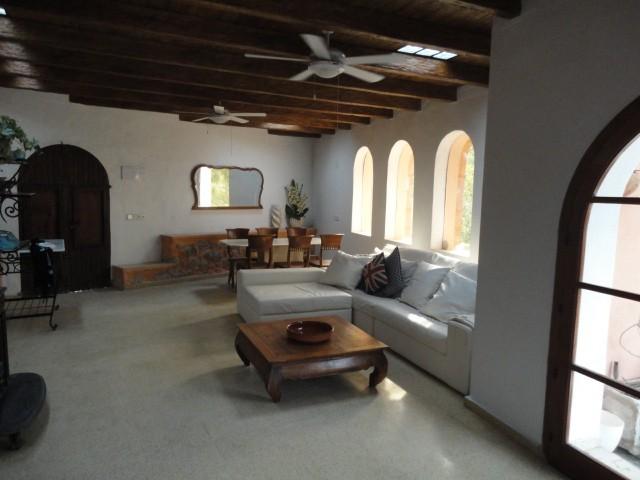 villa 11-4 bedrooms-buscatell41