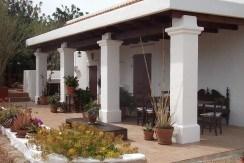 villa 121-4 bedrooms-san jordi07