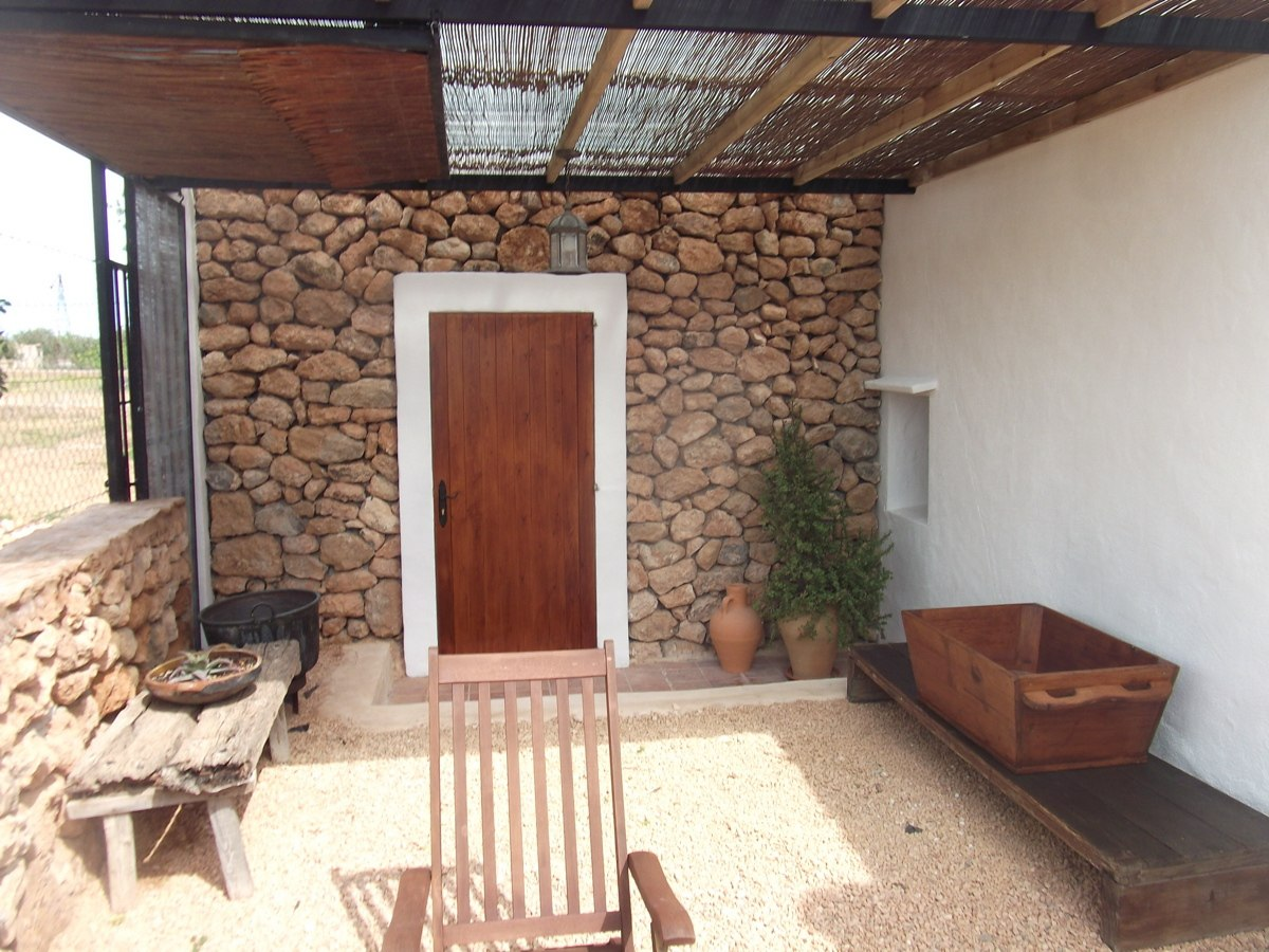 villa 121-4 bedrooms-san jordi08