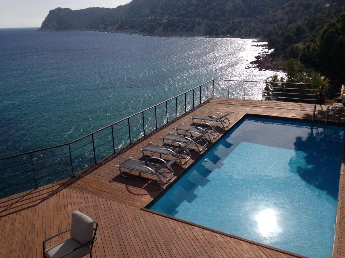 villa 234-4 bedrooms-es cubells15