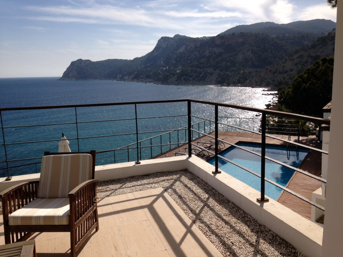villa 234-4 bedrooms-es cubells19