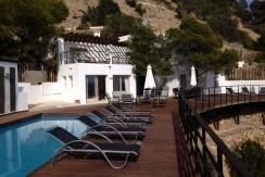 villa 234-4 bedrooms-es cubells24