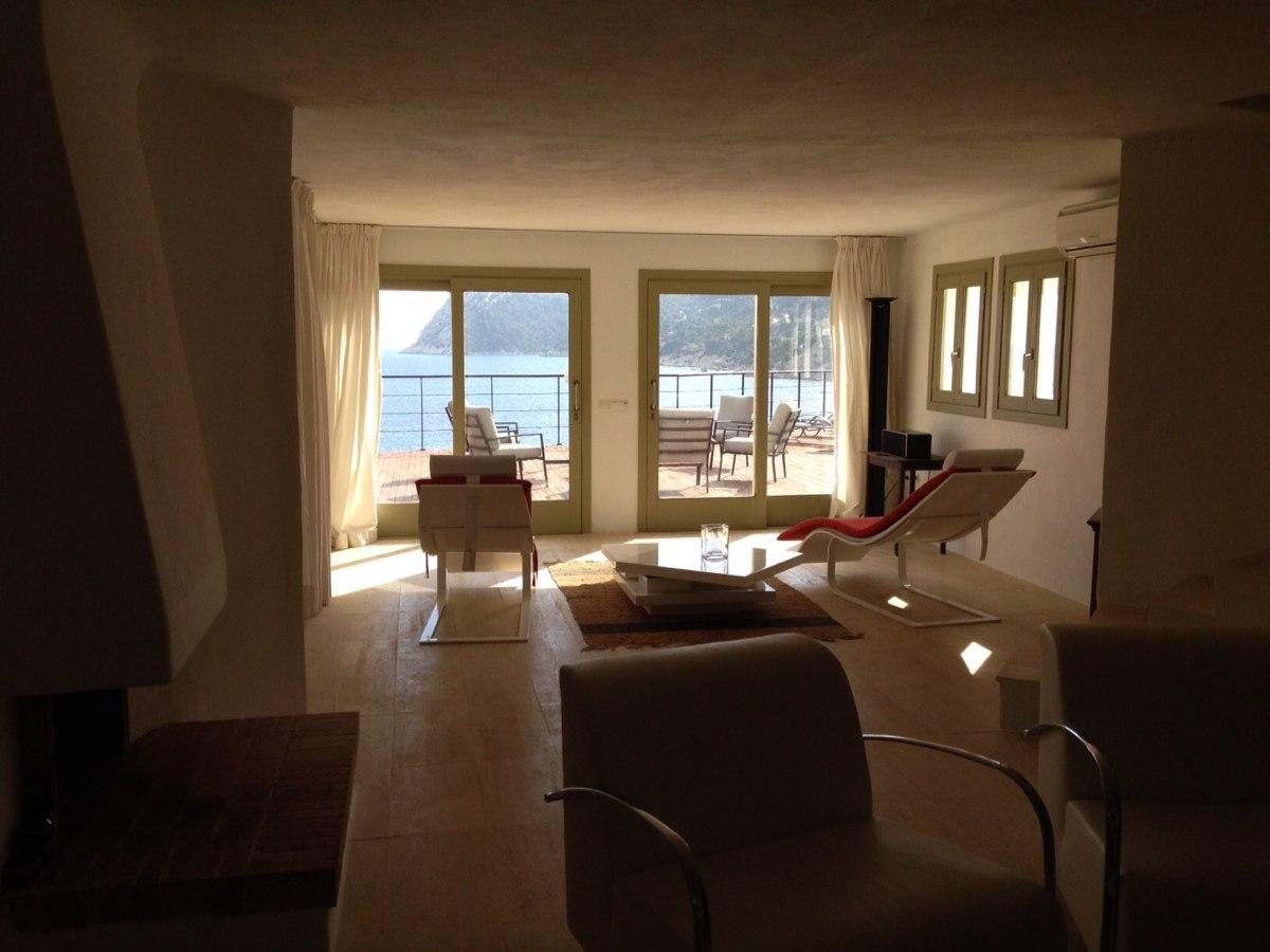 villa 234-4 bedrooms-es cubells29