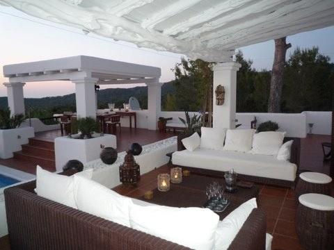 villa 277-4 bedrooms-cala tarida05