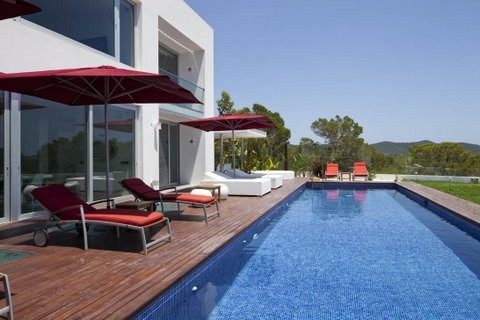 villa 298-6 bedrooms-es cubells07