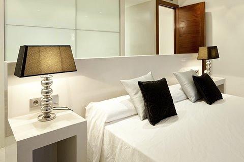 villa 298-6 bedrooms-es cubells18