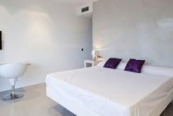 villa 298-6 bedrooms-es cubells25