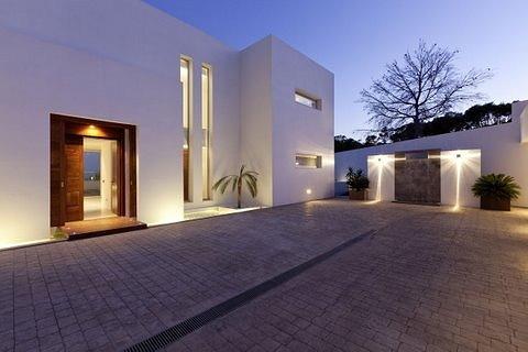 villa 298-6 bedrooms-es cubells42