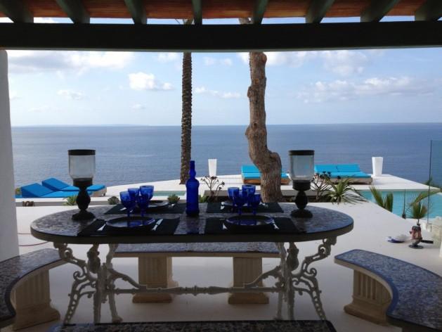 villa 299-6 bedrooms-es cubells09