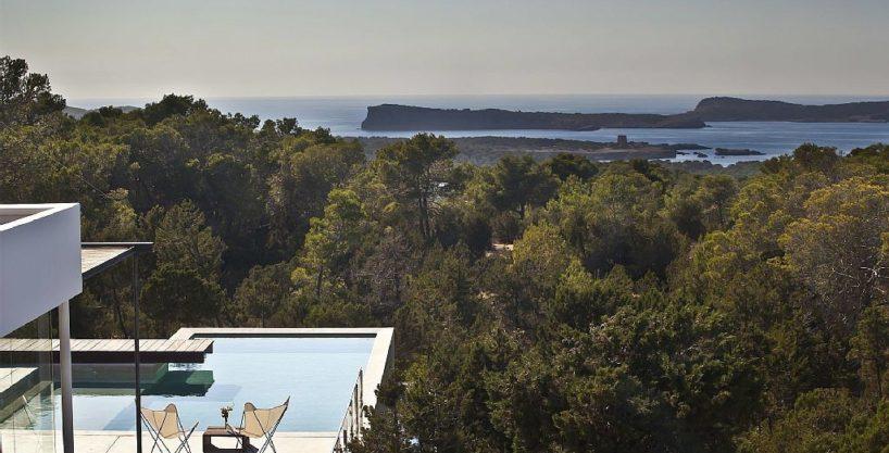 villa-305-6-bedrooms-cala-bassa01.jpg