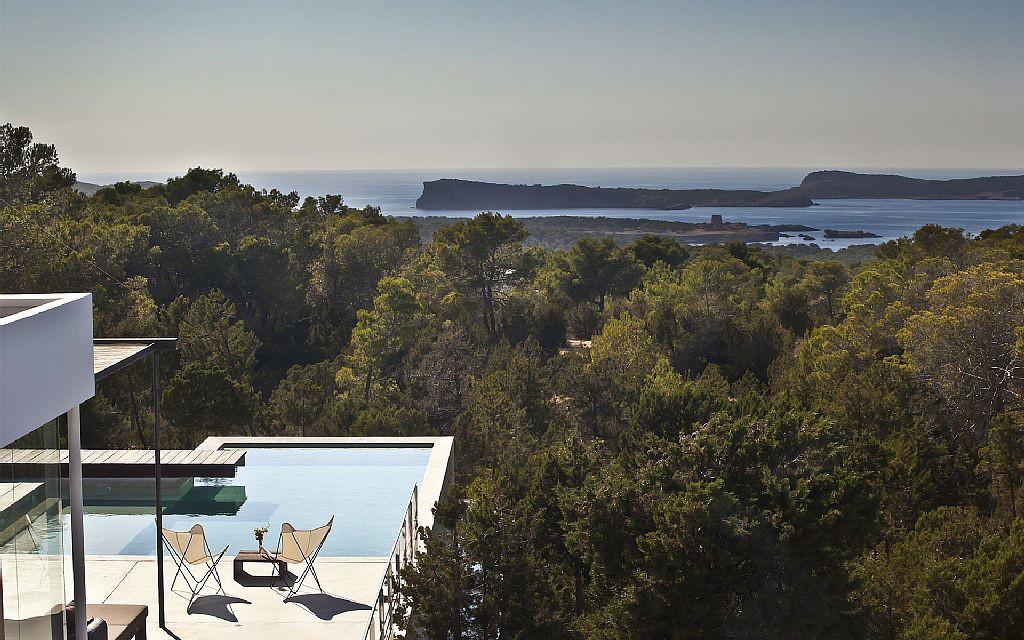 villa 305-6 bedrooms-cala bassa01