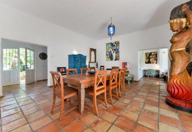 villa 313-5 bedrooms-cala pada04