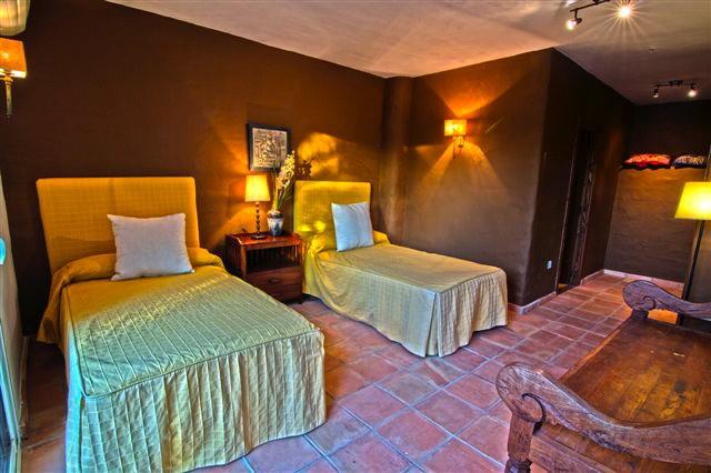 villa 41-7 bedrooms-san miguel04