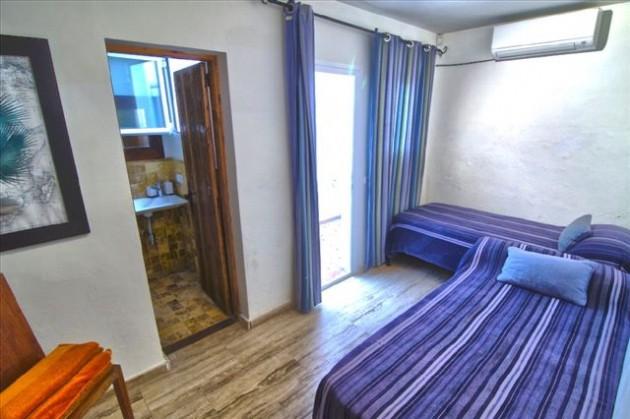 villa 42-5 bedrooms-san miguel01