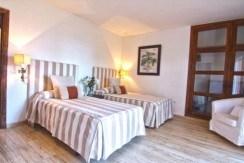 villa 42-5 bedrooms-san miguel03