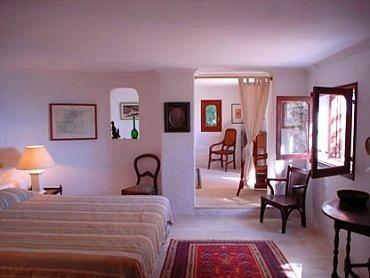 villa 95-5 bedrooms-es cubells07