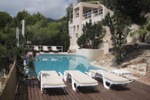 villa 96-4 bedrooms-es cubells02